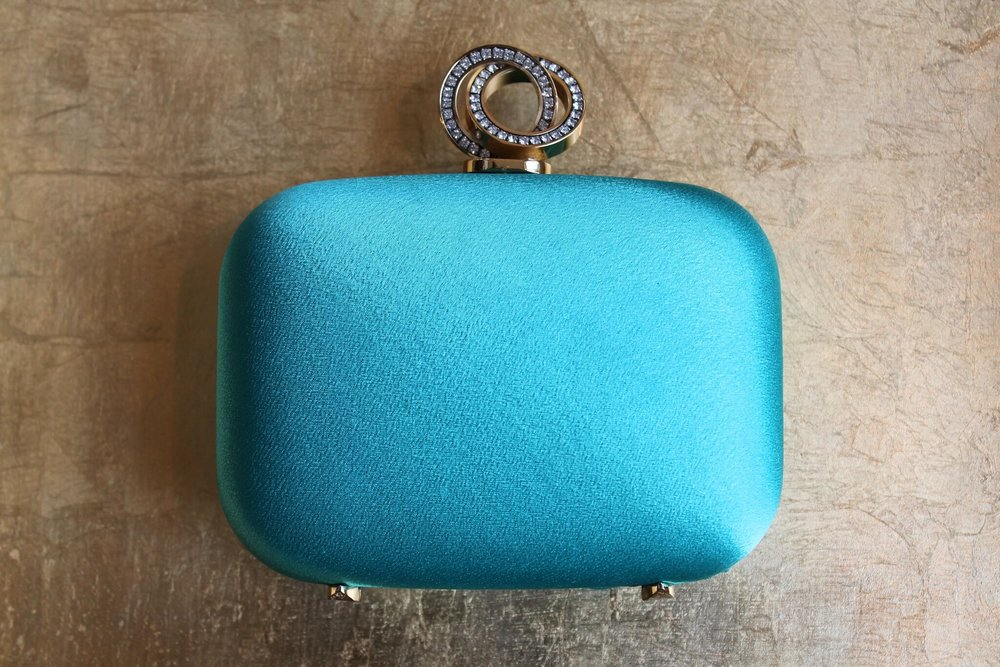 Purses, Wallets, iPad Accessories
