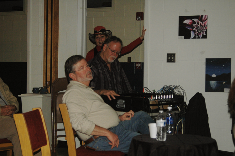 singer-songwriter-musician-soundman-Kris-Ferris-behind-the-board-at-showcase-of-original-music