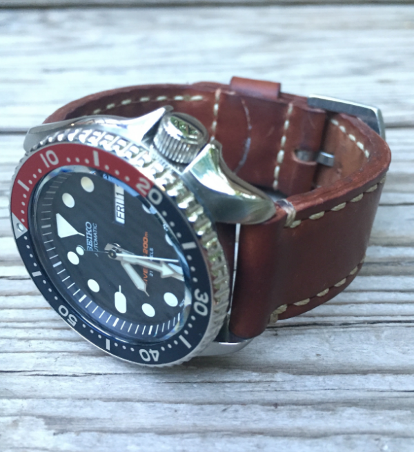 Seiko SKX007 on Natural Arts & Crafts.
