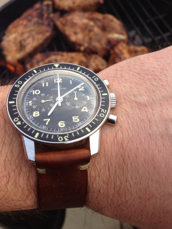 Lemania 817 on a two-piece T-stitched.  Can you think of a better way to time your bbq?  I can't.