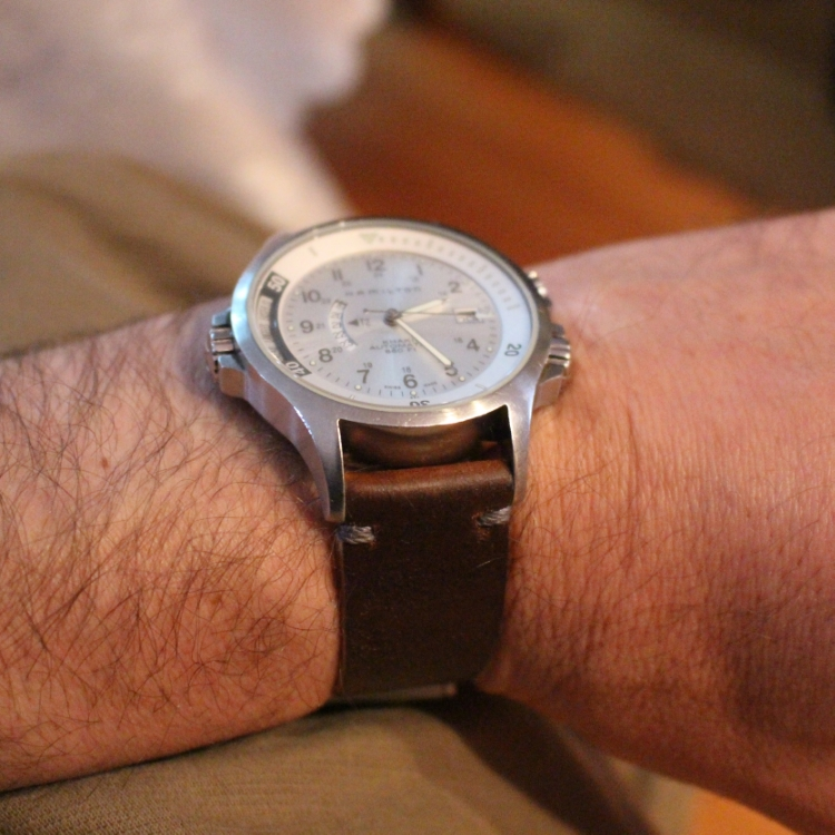 A lovely Hamilton GMT on a two-piece T-stitched Cognac strap. Perfect combo!