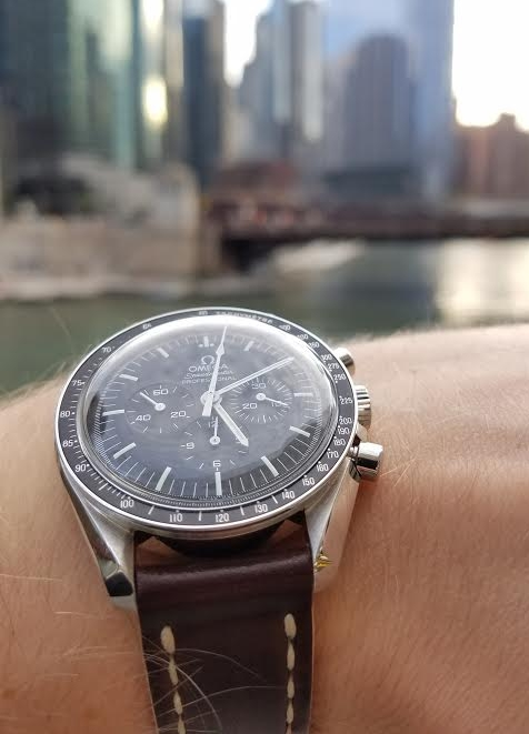 Speedy Pro overlooking the Chicago River on No. 8 Arts & Crafts.  An all-time classic!
