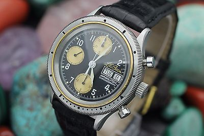 The Hamilton 9446 LL Bean Sportsman's Chronograph. The most flattering picture I could find. Picture credit:webdeals4less.
