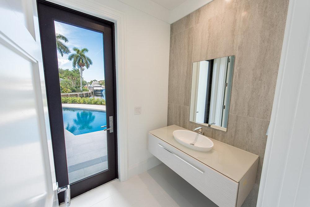 CabanaBathroom.jpg