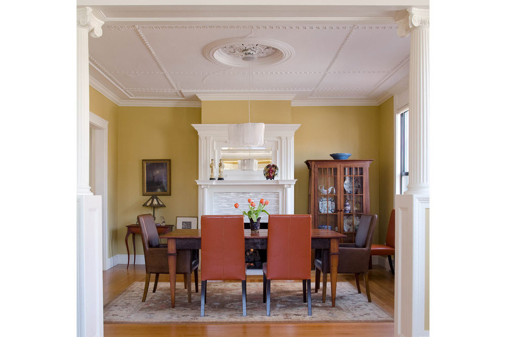 Color_Taub_DiningRoom_Fireplace_1.jpg