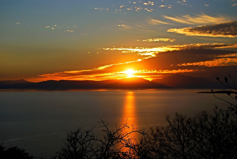 Sunset_at_Lake_Chapala.jpg