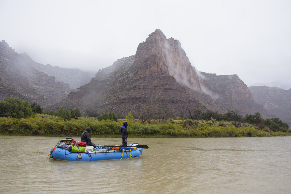 Rainy day rafting in Desolation Canyon, Utah. Photo by Taylor Reilly, 2016.