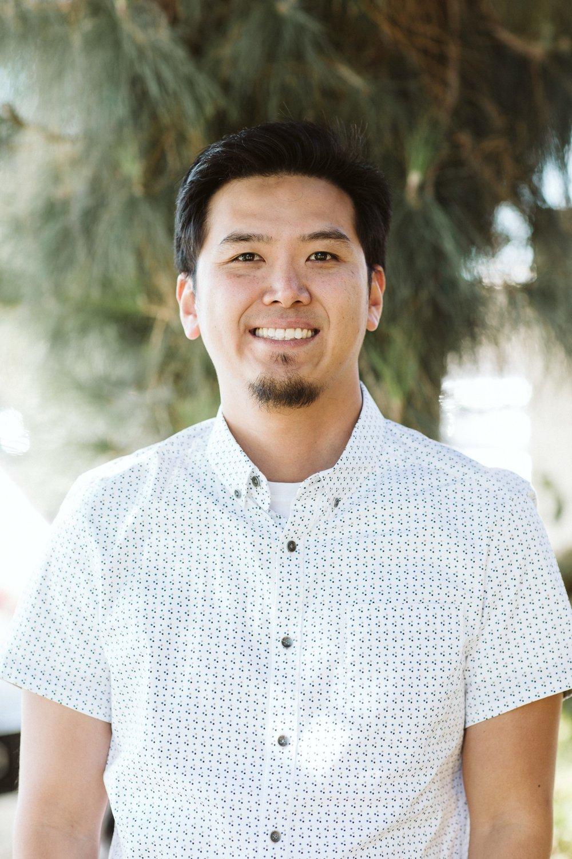 Thomas Hwang   Associate Pastor/College Ministry