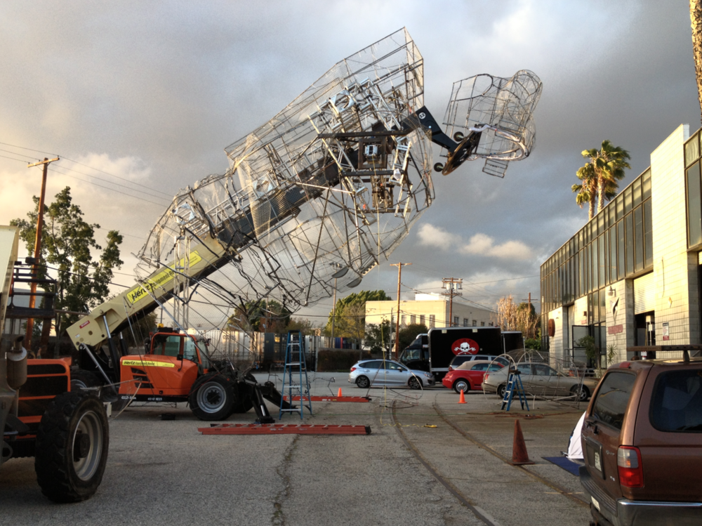 The design and construction of the astronaut required countless hours of tedious work. Fabrication and fitting tests were conducted at the Poetic Kinetics parking lot in the DTLA Brewery Arts complex.
