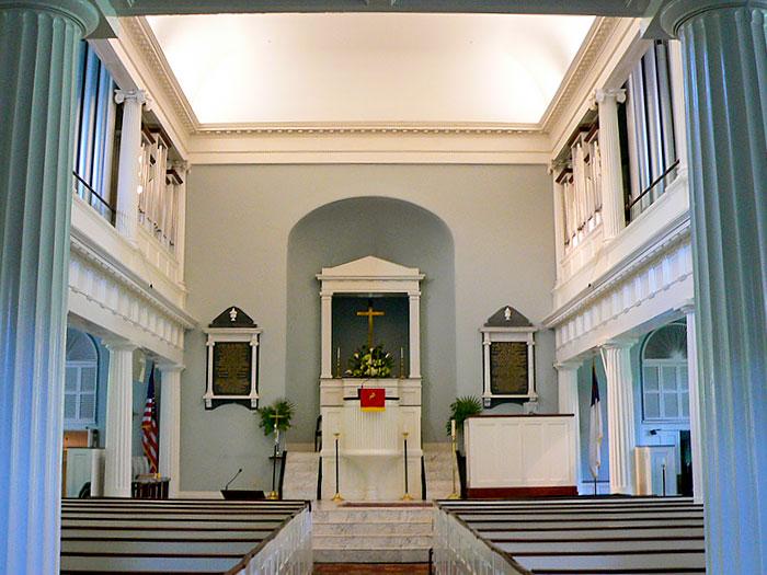 fbc-altar-700x525.jpg
