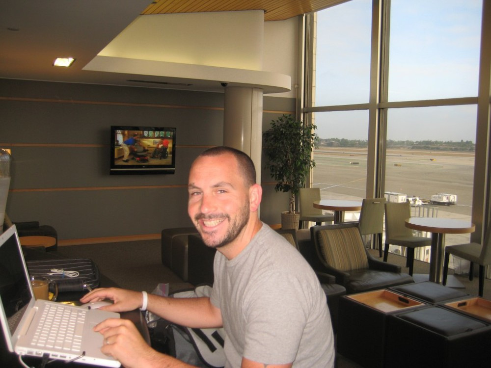 """Lounging in Style - Alaska Airline's """"Boardroom"""""""