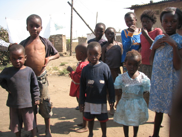 Zambia - Ailess and other kids