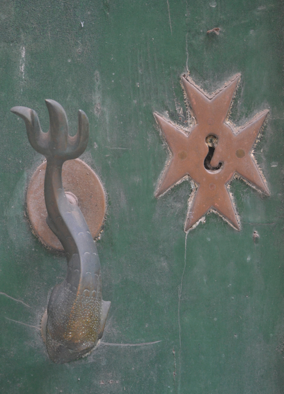 Door knob & keyhole, Valetta, Malta