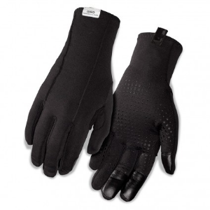 Keeping your hands toasty is essential to any ride. Pick up a pair of these Giro wool gloves and you'll be ready to ride straight through the next polar vortex.