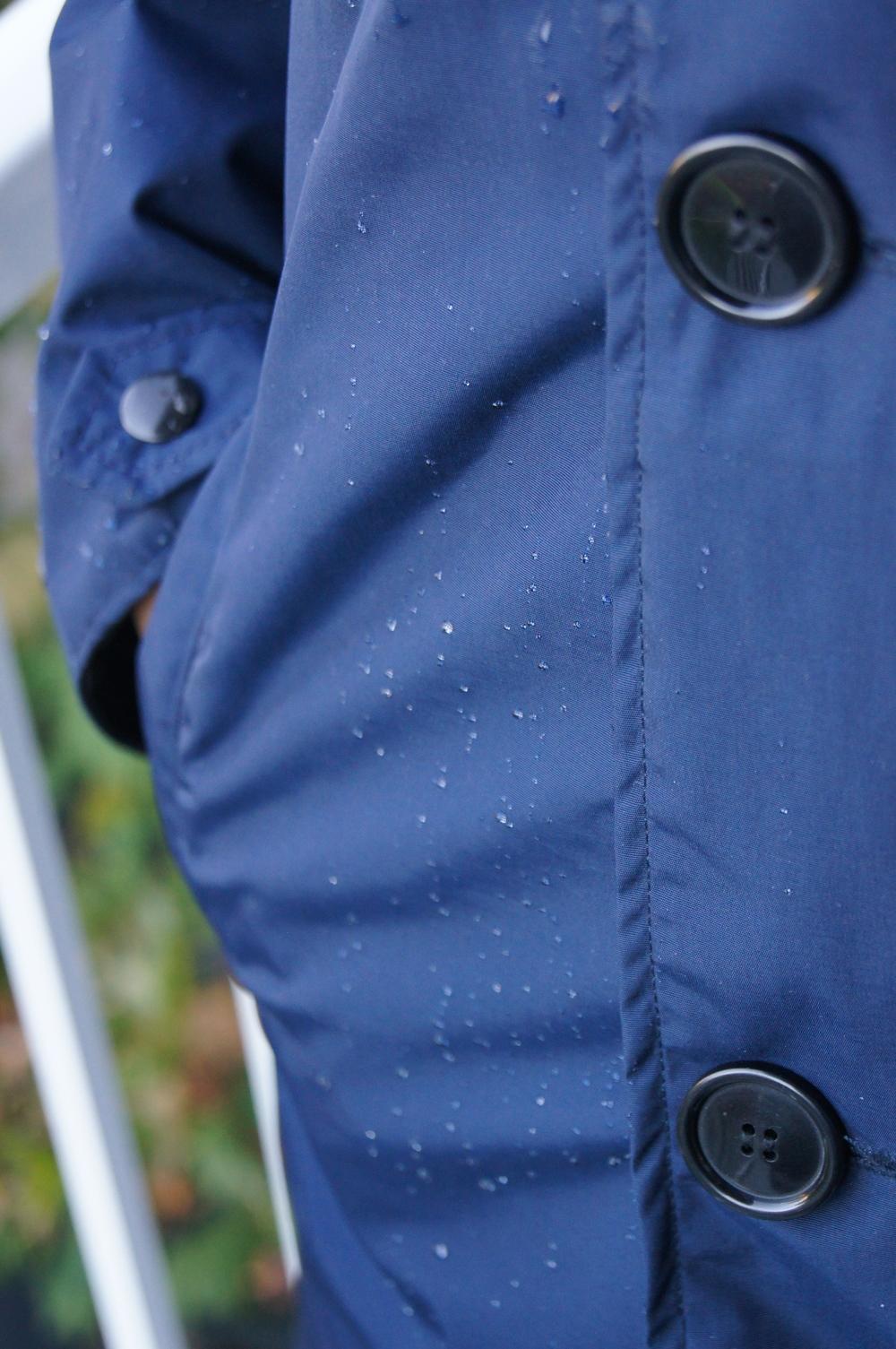 DETAIL droplets pocket.jpg