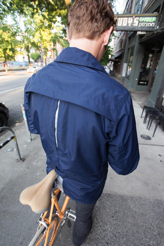 DETAIL rear reflection.jpg