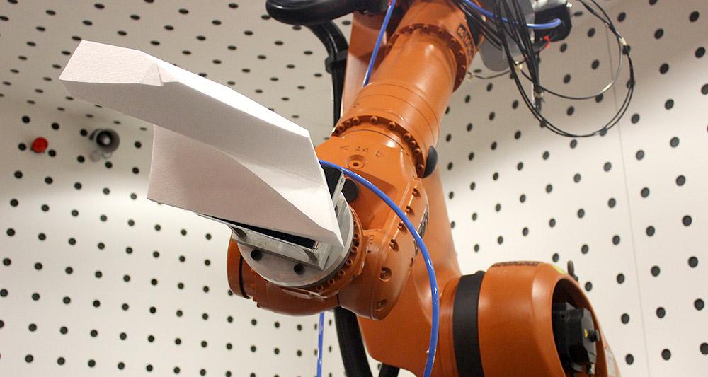 roland snooks - slf robot.jpg