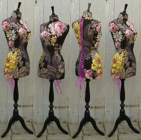 dress maniquin.jpg