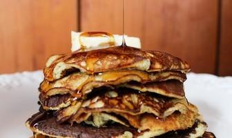 (via  Two Ingredient Banana Pancakes (Gluten & Dairy Free) )
