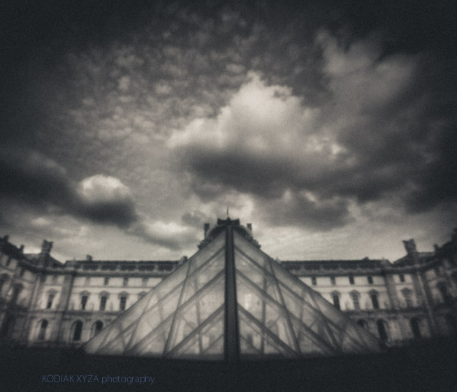 edgeofblur :       [ Nº2 ] Musée du Louvre // Louvre (smaller) Pyramid  :: 13Aug2012 :: paris // france   :: #pinhole by #pinwide