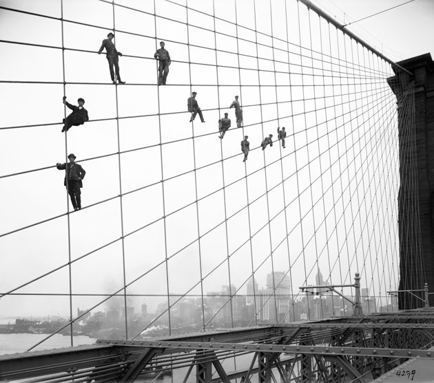 (via  NYC portrayed online in 870,000 images | Photo Gallery - Yahoo! News )