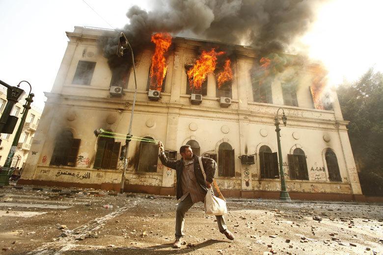 (via  Eyewitness: Cairo, Egypt | World news | The Guardian )