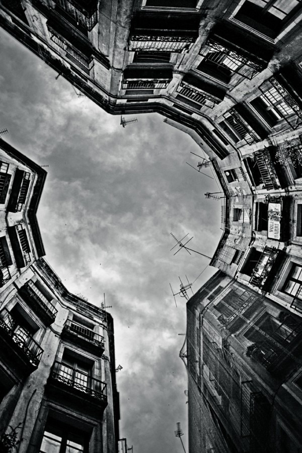 darksilenceinsuburbia :       Robert Martin  .      http://www.flickr.com/photos/fotomar/6280772778