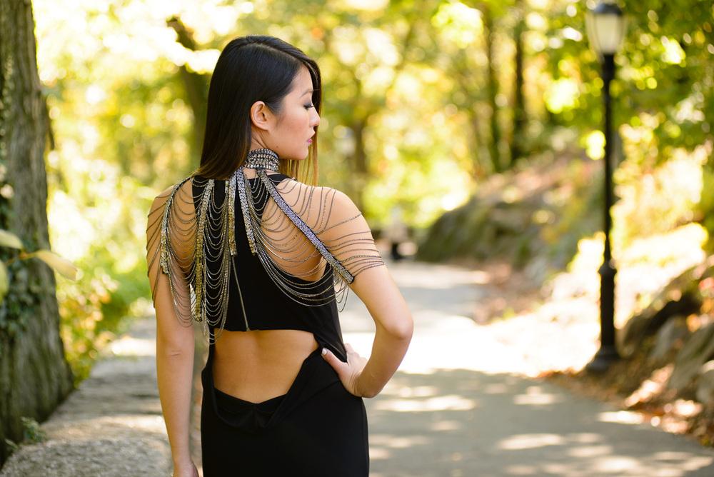 blackdress_neckpiece1.jpg