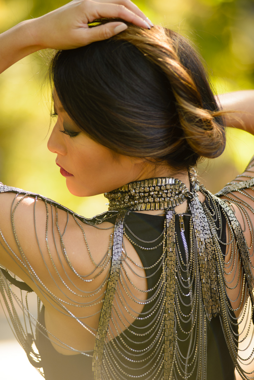 blackdress_neckpiece7.jpg