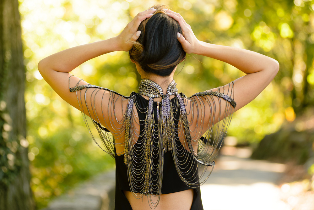 blackdress_neckpiece10.jpg
