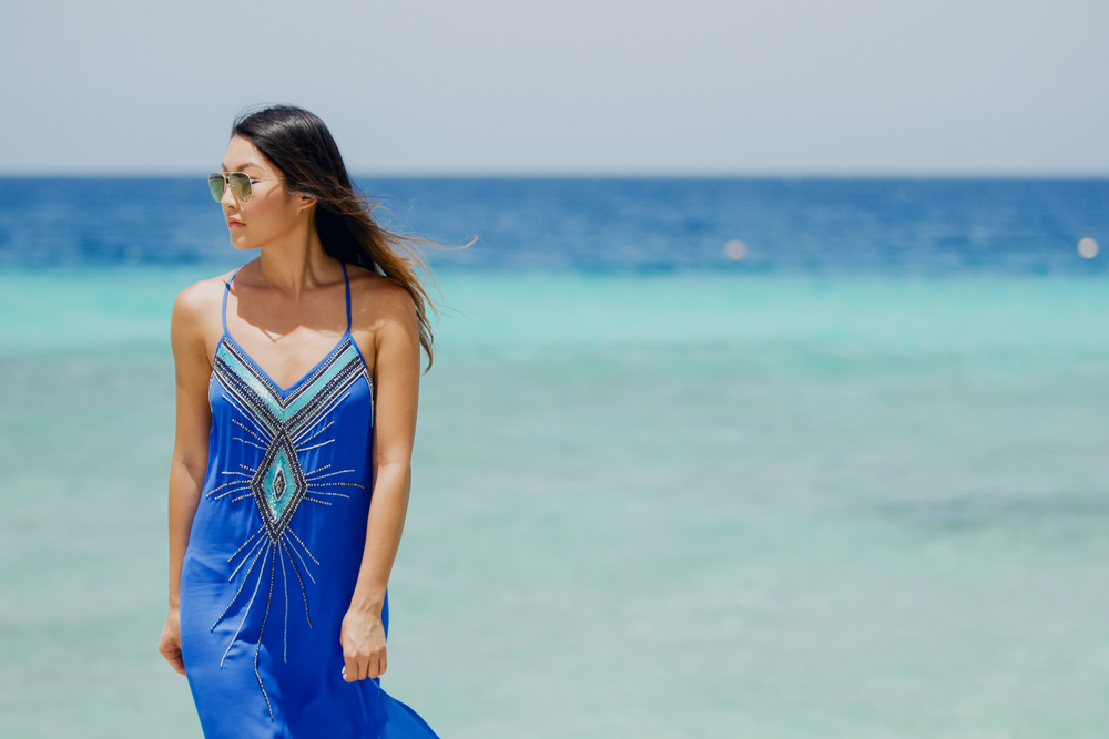 hautehippie_bluedress_beach3.jpg