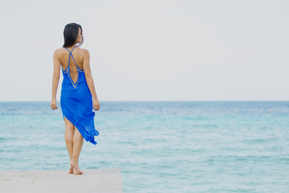 hautehippie_bluedress_beach4.jpg