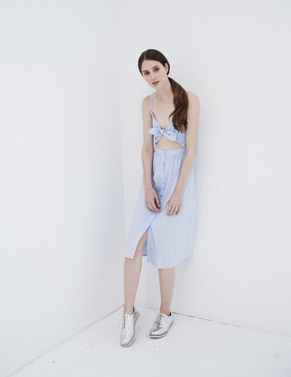 summerdress_silvershoes.jpg