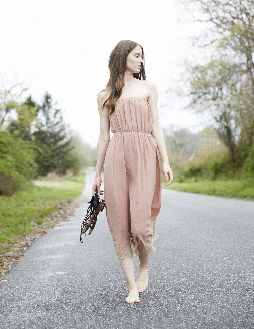 pinkdress_lacetrim.jpg