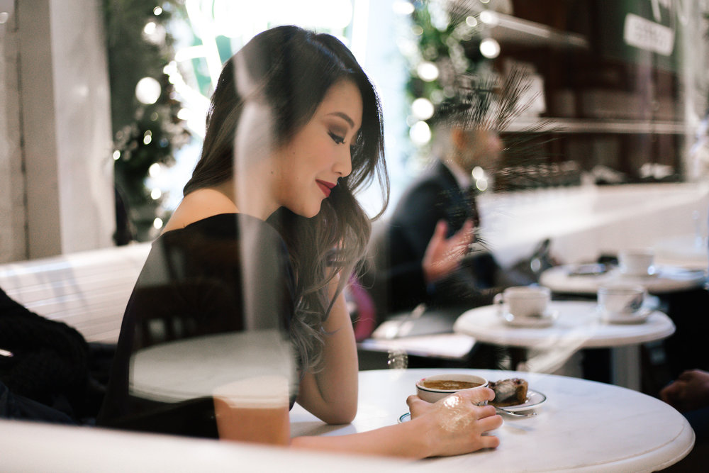 blackdress_coffeeshop.jpg