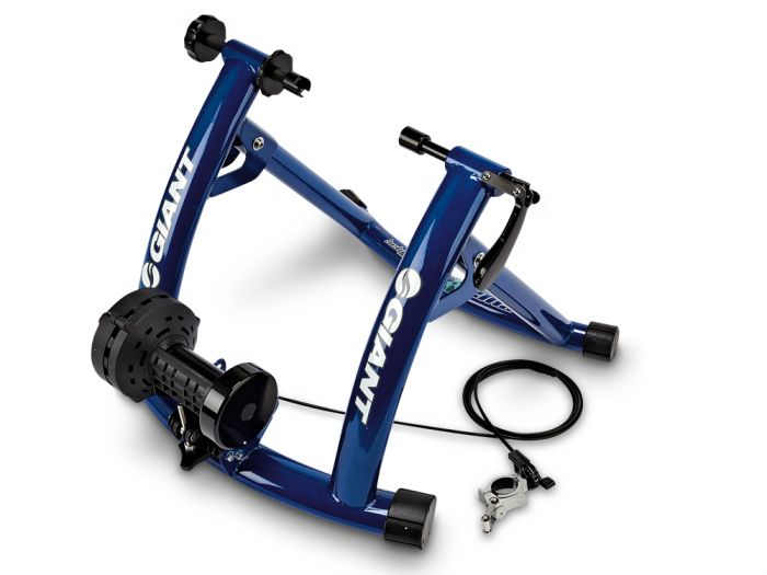 Giant_Cyclotron_Mag_2_indoor_trainer