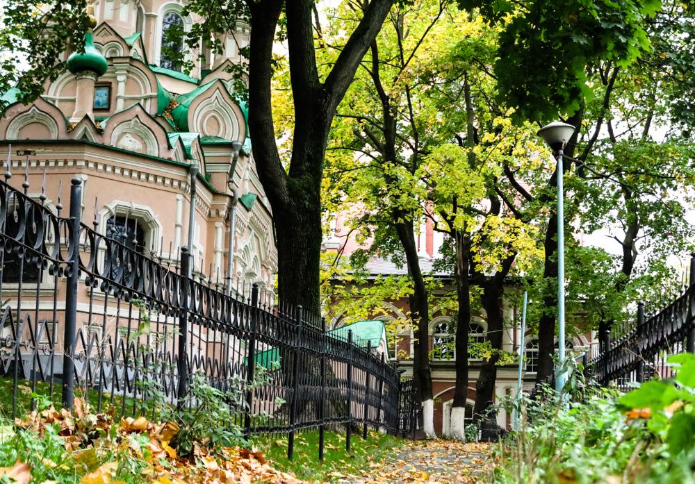 herfst Moskou graf klooster Solzjenitsyn Donskoj Moskou