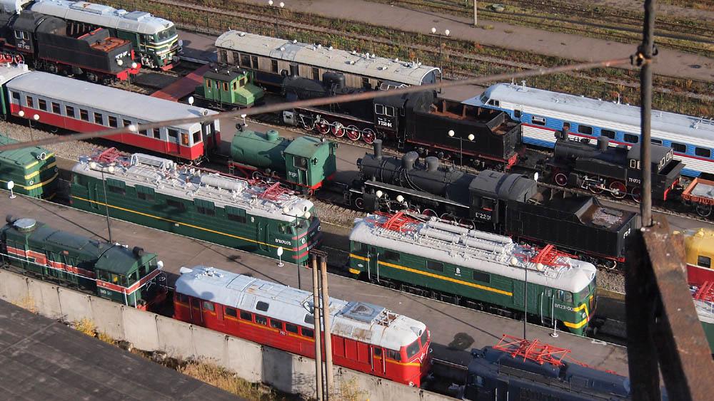 Warschau station spoorwegmuseum Sint-Petersburg Russische treinen