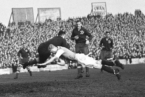 Doelman Chomitsj, hier in actie tegen Cardiff City, was een van de sterren van Dinamo