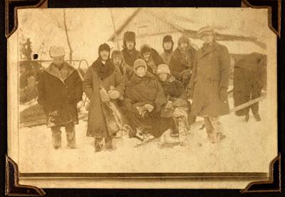 """Hollandsch clubje"" - Kemerovo, januari 1923"