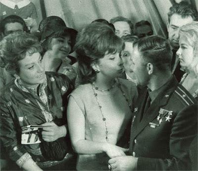 Gina Lollobrigida Moskou Joeri Gagarin
