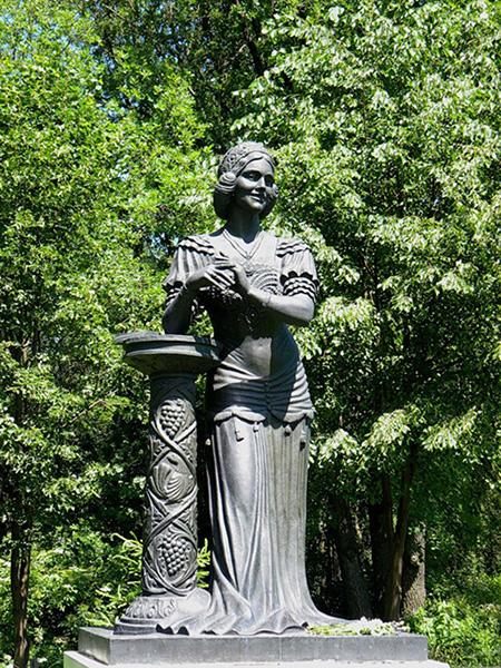 Nadezhda Plevitskaja standbeeld Vinnikovo Koersk