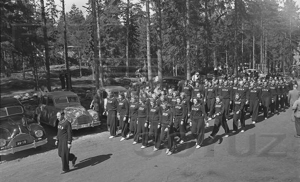 1952: Het Sovjetteam op weg naar de openingsceremonie (?)