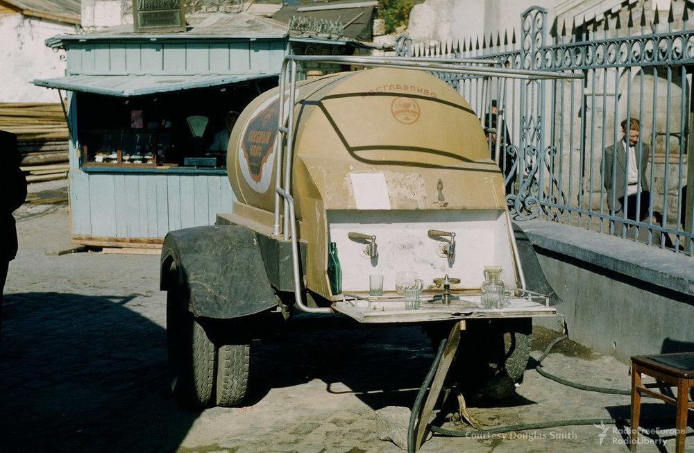 Jalta, een tankje met kvas.