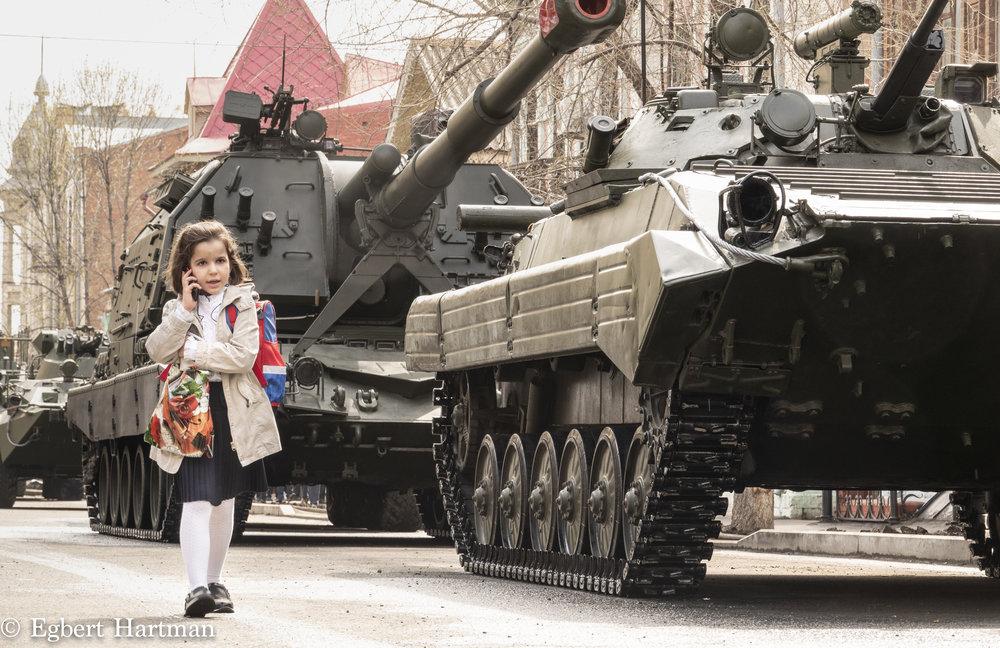 Enkele dagen voor de parade in Samara stonden de tanks al klaar