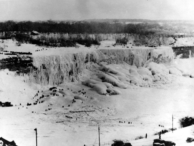Niagara Falls Figures Niagara Falls Freezes Over.jpg