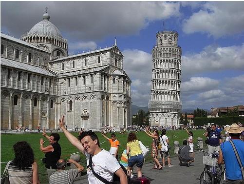 Preditable tower of pisa 2.jpg