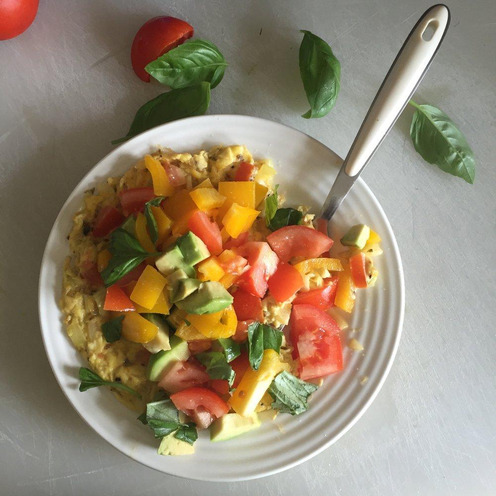 Pepper & tomato herb omelette