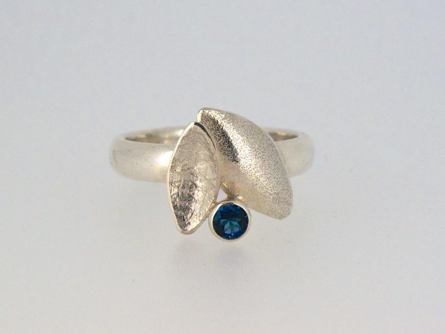 Kate Phipps London blue topaz leaf duo ring.jpg