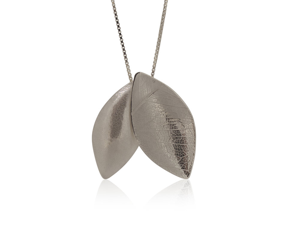 Silver leaf duo pendant with leaf texture